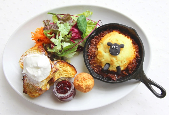 Shaun the Sheep Farm Cafe with Sunday Brunch